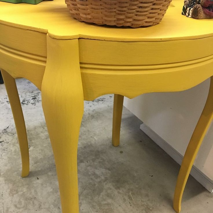 A Bit Of The Colonel Mustard Dixie Belle Paint Brightened Up This Table By  The Hop