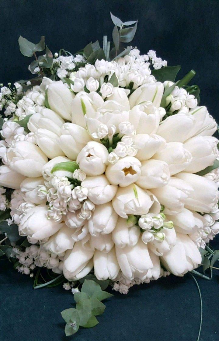 Bouvardia Bouquet Sposa.Bouquet Tulipani E Bouvardia Wedding In 2019 Bride