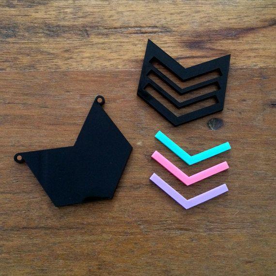 1 DIY Pendant Kit    Chevron Licorice Allsorts by CraftyCutsLaser, $8.00 #craftycutslaser #lasercut