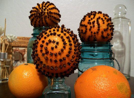 how to make orange pomanders for christmas