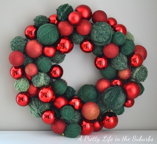 A Pretty Life in the Suburbs: Starbucks Inspired Christmas Ornament Wreath.  Easy and affordable DIY.   http://www.aprettylifeinthesuburbs.com/2011/12/starbucks-inspired-christmas-ornament.html
