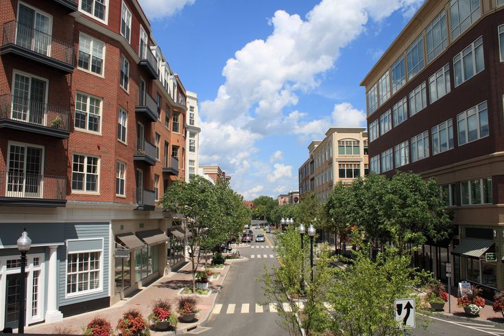 Movoto Real Estate Blog ranks West Hartford as the ninth best place to live in New England.