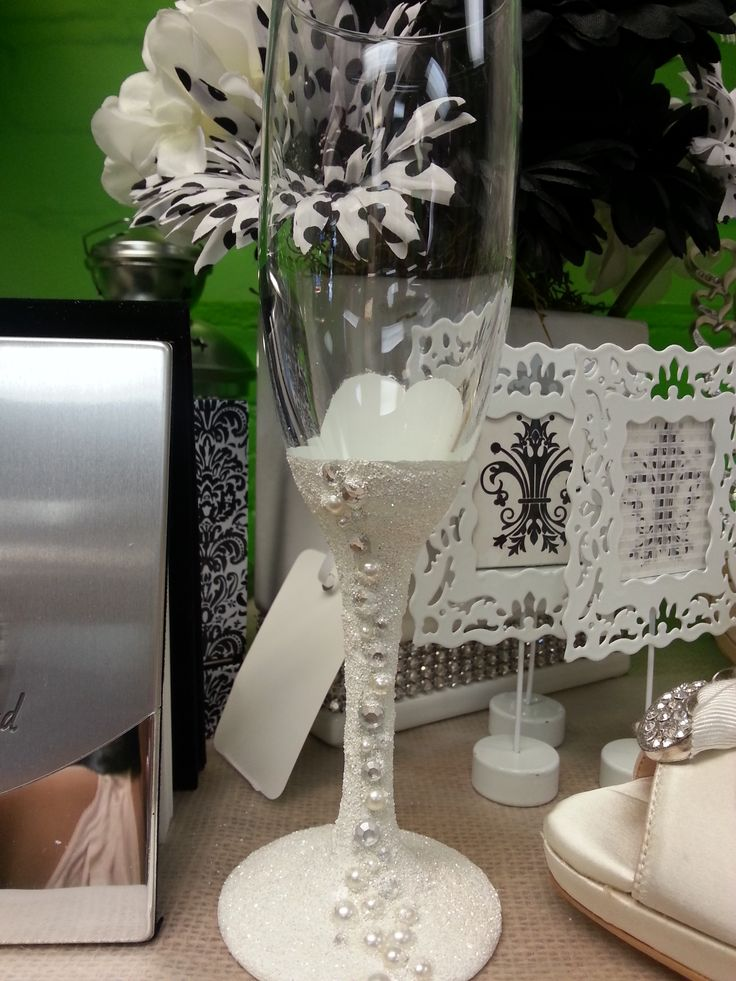 Bride Dress Toasting Glass. Made with glitter, paint and embellishments. Back of glass