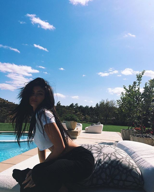 Kendall Jenner Bedroom Design 2012: Best Pool Party Outfits Ideas On Pinterest