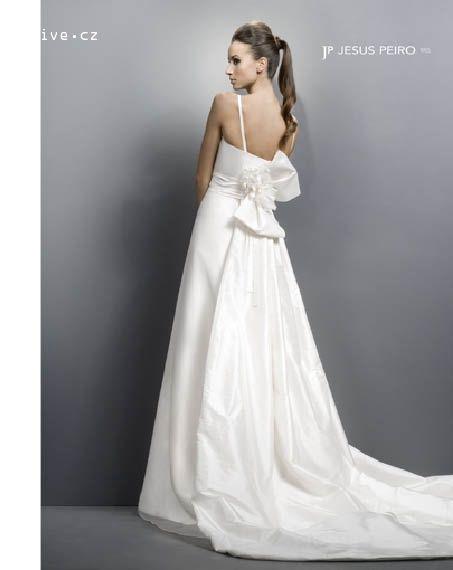 JESUS PEIRO svatební šaty, model 1055 (Bratislava)