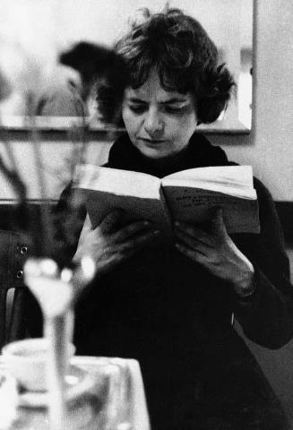 Elsa Morante picture while reading.
