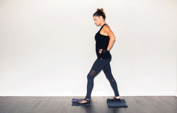 Laurie Campbell shows us how to replicate her insanely hard megaformer movements in our living rooms with just a few towels. http://www.thecoveteur.com/recreate-workout-at-home-pilates/