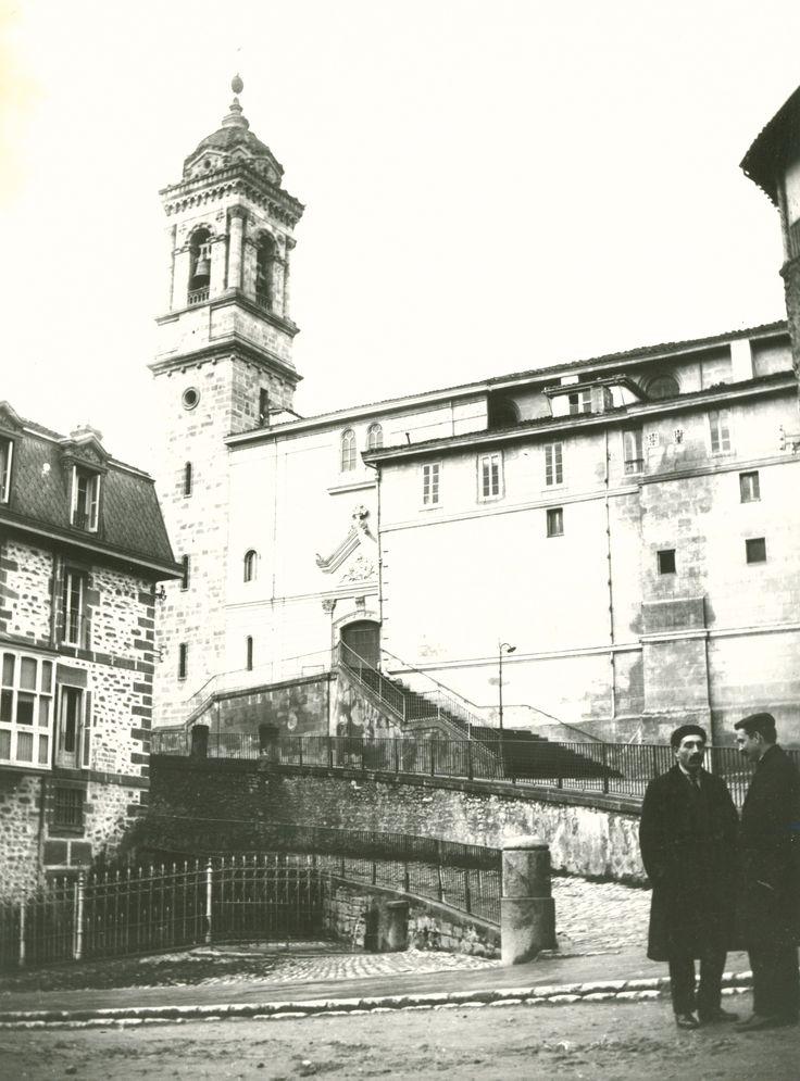 Iglesia de San Vicente. Año 1926 [APR]