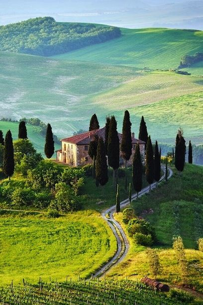 Tuscany, Italy - the best summer honeymoon destinations #north india tour