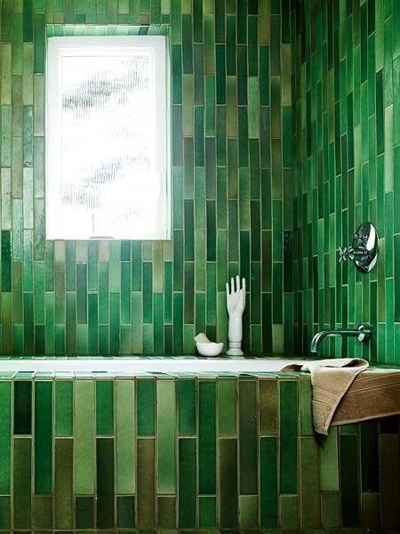 Ett helt underbart nytillverkat 1960-talet, grönt kakel från ett amerikanskt keramikföretag som heter Heath Ceramics i San Fransisco, USA.