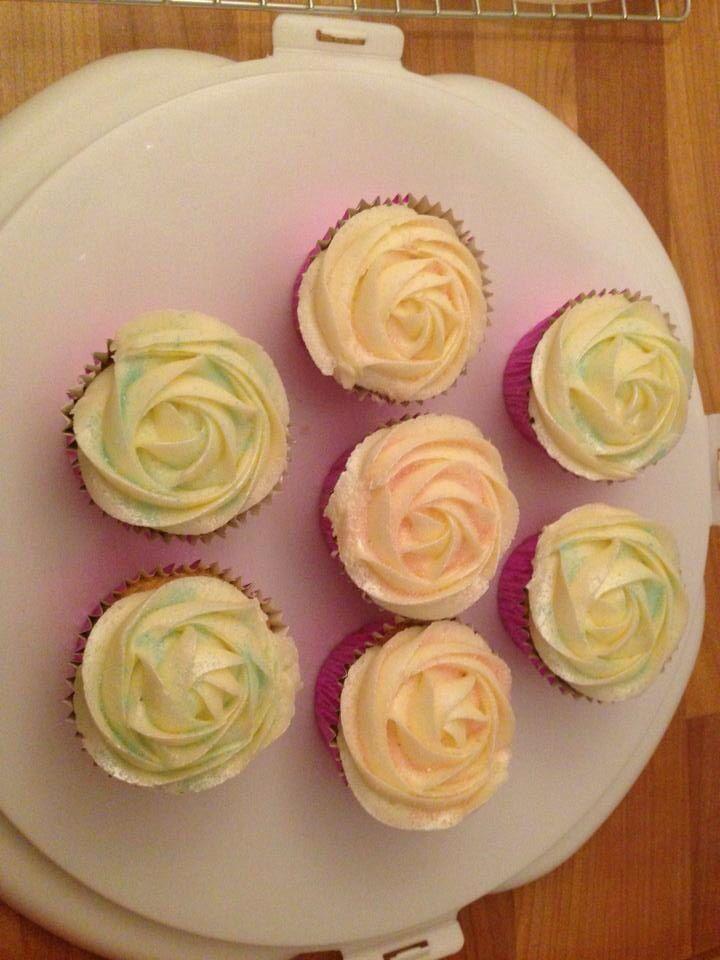 Nikola Coleman Cakes & Cupcakes