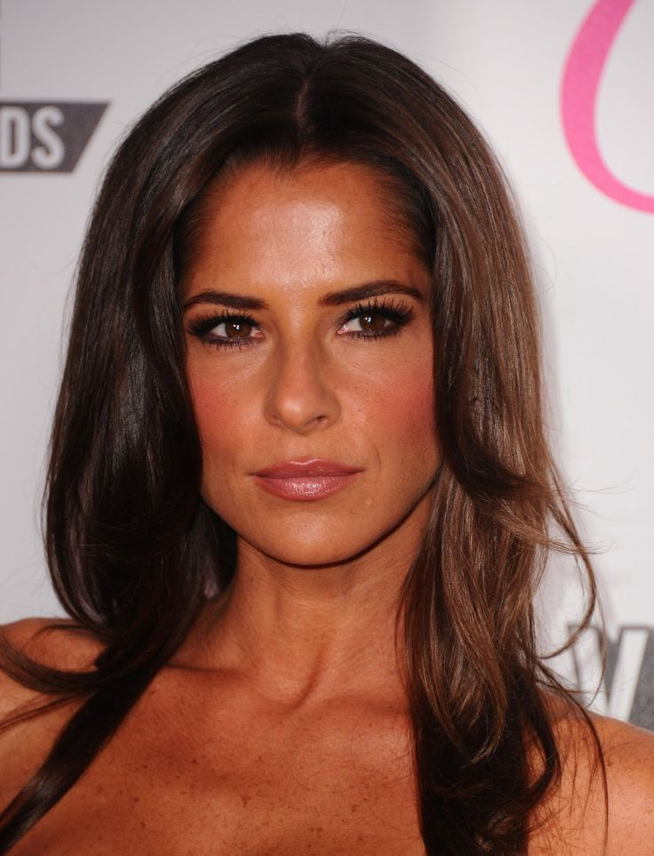 Kelly Monaco... loved her in general hospital growing up and loved her on dancing with the stars!