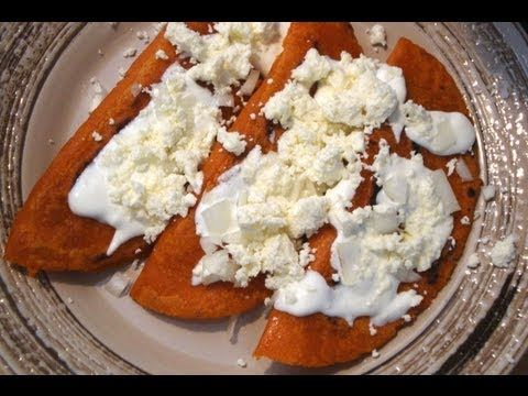 WOW! Maybe use beef instead of chorizo? Lots of time needed.  Receta de Enchiladas Rellenas comida mexicana