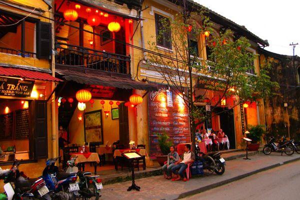 """ベトナム 古き良きベトナムの古都""""ホイアン"""""""