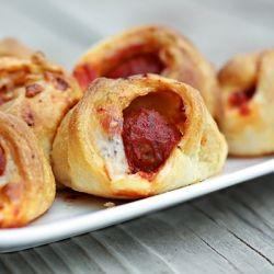 #Meatball #sliders: Recipe, Golden Brown, Preheat Ovens, Meatballs Sliders, Mozzarella Chee, Pasta Sauces, Bags, Crescents Rolls, Low Heat