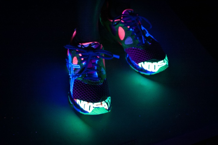 Electric Run Asics