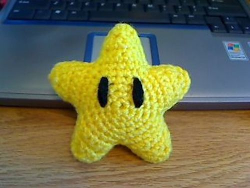 Ravelry: Super Mario Invincibility Star pattern by Marte ...