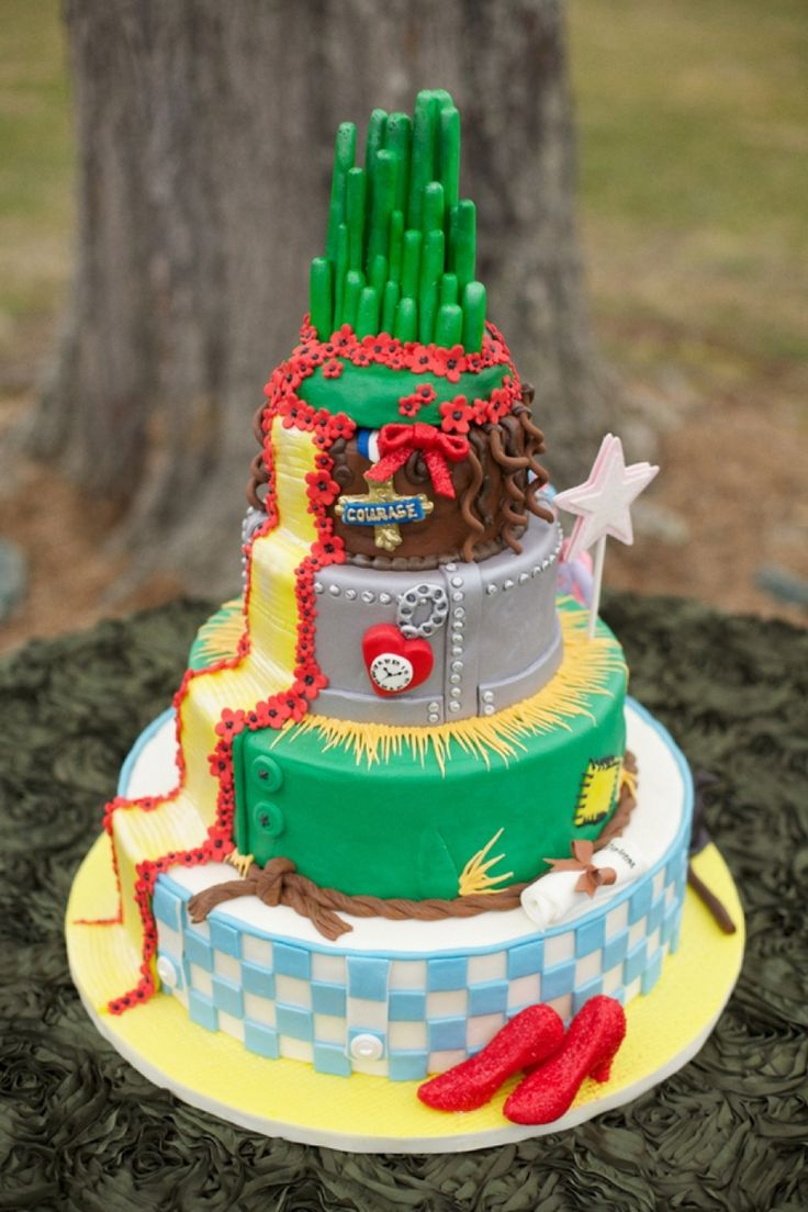 I'm obsessed with Wizard of Oz...but don't know that Phil would approve! Wizard of Oz Wedding Ideas