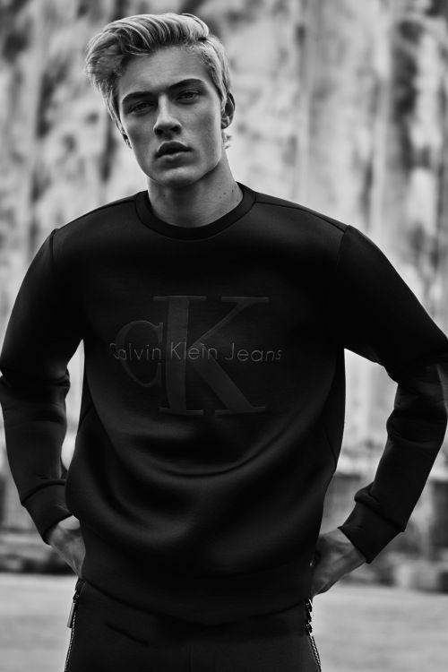 "Calvin Klein Jeans 2015 Fall/Winter ""Black Series"" Capsule Collection"