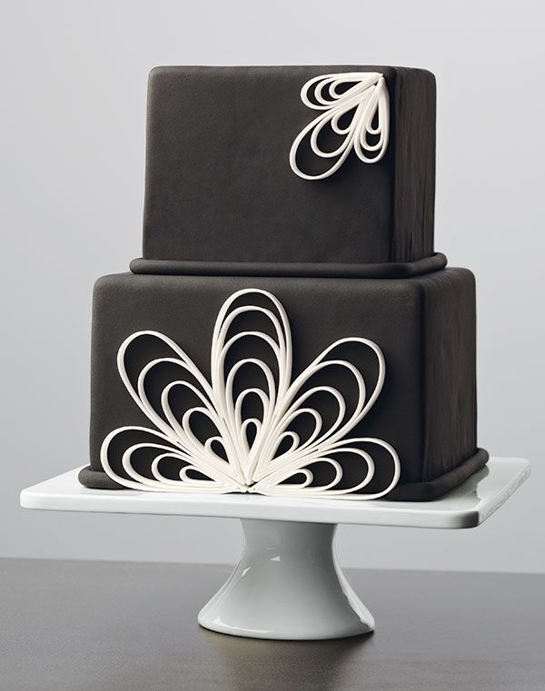 Learn fondant techniques like quilling in the new Wilton ...