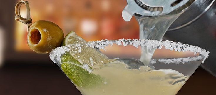 Get to know the Mexican Martini, a cousin of the Margarita.  #perfectmargarita