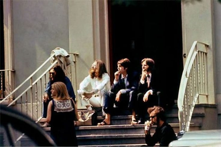 Rare Shots of the Abbey Road Cover Photo Session ... | Kyoko has a blog