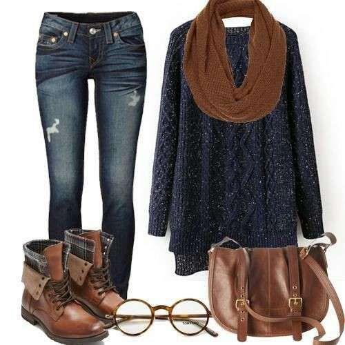 Look hipster con maglione - Il nostro look del giorno è pensato con accenti tipici della moda hipster mixati a quelli dello stile boyish. Questi due mood spesso si fondono realizzando outfit molto di tendenza nell'ultimo anno. Così ecco come abbinare un paio di jeans skinny in un lavaggio scuro a un maglione lungo, preferibilmente oversize, a foulard e borsa in coordinato con anfibi o polacchini marroni. Gli occhiali tondi come sempre completano con stile questo tipo di look. Vi piace?