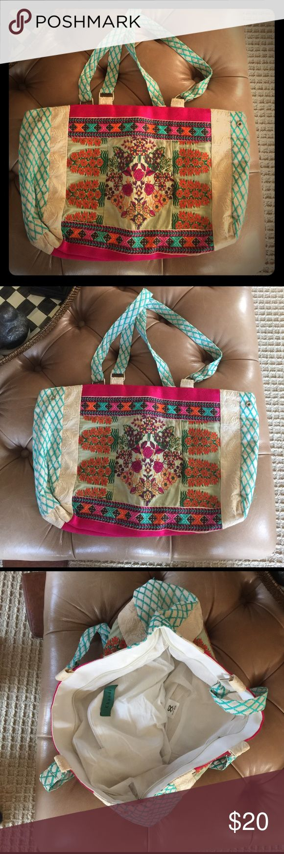 Beautiful boho bag Large and beautiful, Indian inspired bag. Bright and colorful, perfect for your boho chic outting! khaadi Bags Hobos
