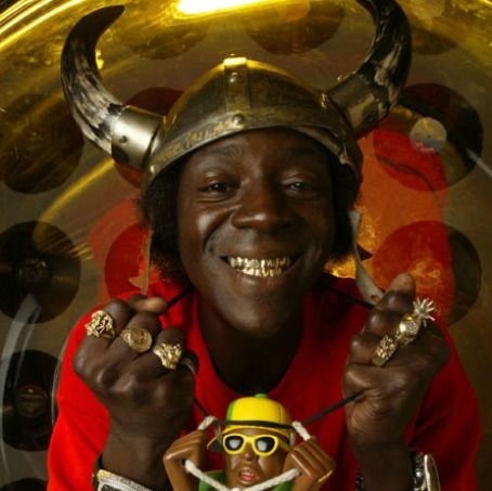 Flavor Flav Talks HOuse of Flavor, Fried chicken and Brigitte Nielsen with Celebrityviplounge!