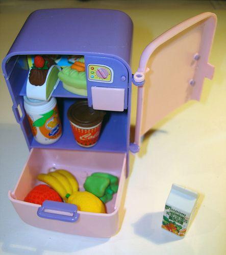 erasers refrigerator by gomas de borrar, via Flickr