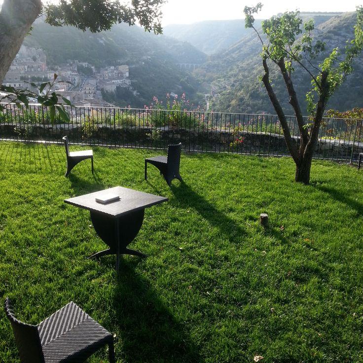 Il Giardino di giorno