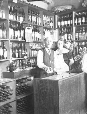 Album photo - La vie quotidienne et les petits métiers à Nantes en 1900 | Victor Girard, photographe à Nantes en 1900
