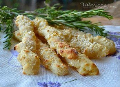 Bastoncini di patate e parmigiano