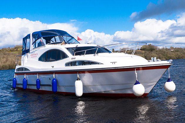 Cruise Ireland | Boating Holidays Ireland | Hire Boats | Boat Rental | Inver Empress Cruiser