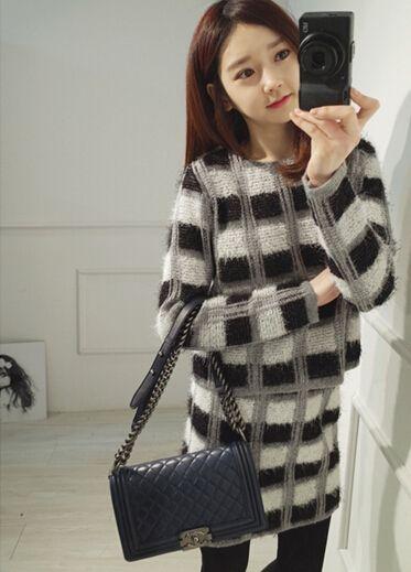 チェック柄セットアップ☆ ニットならではの温かみのある質感で、女性らしい着こなしを叶えるセットアップ