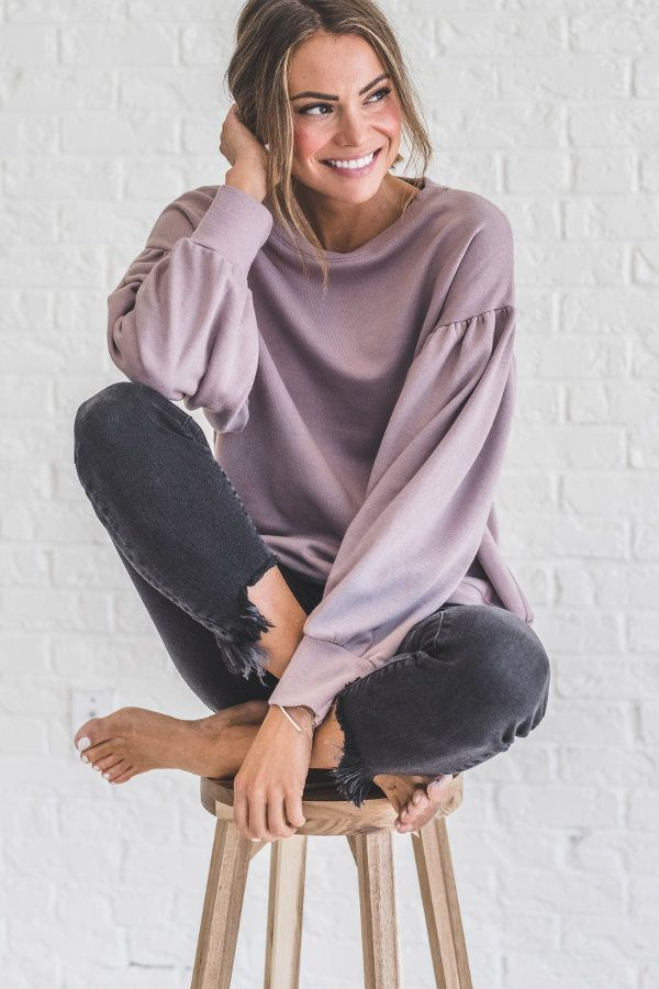 Turn your comfy wardrobe into comfy-chic with our Guess Again Mauve Pullover. This solid mauve top features unique over-sized sleeve and a loose fitted silhouette.