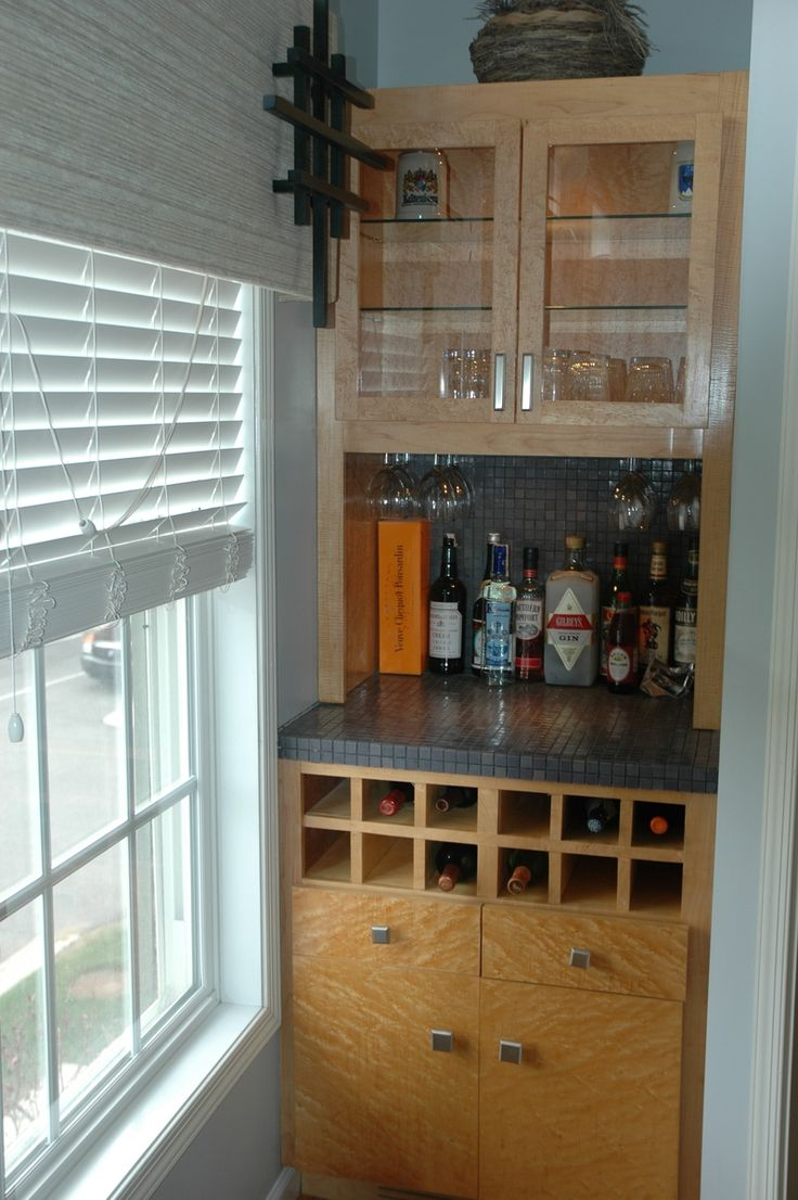 Built in bar- in white with open shelving