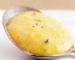 oeufs_brouilles_truffes_mere_poulard : http://www.cuisineaz.com/recettes/oeufs-brouilles-a-la-truffe-47108.aspx