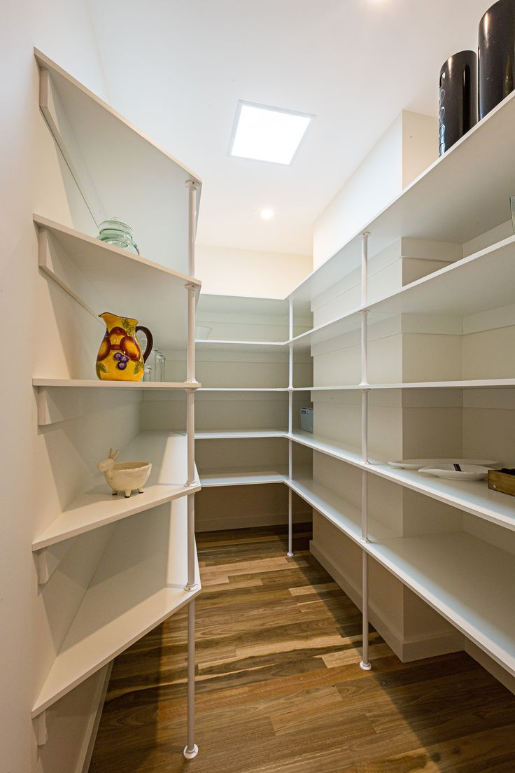 Make the most of your pantry with plenty of storage space!