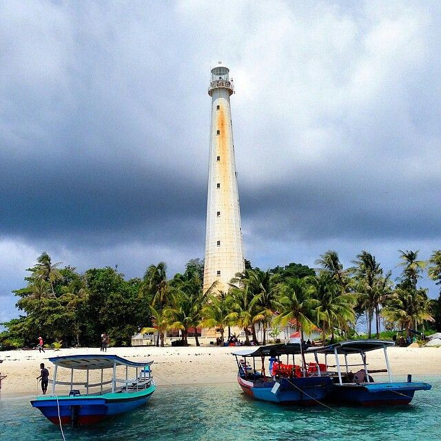 #exploresumatra -  Photo by @kristianmanurung taken at menara mercusuar, belitung  Keep your #exploresumatra hashtag and share your location to give us permission to repost.  Thanks!!
