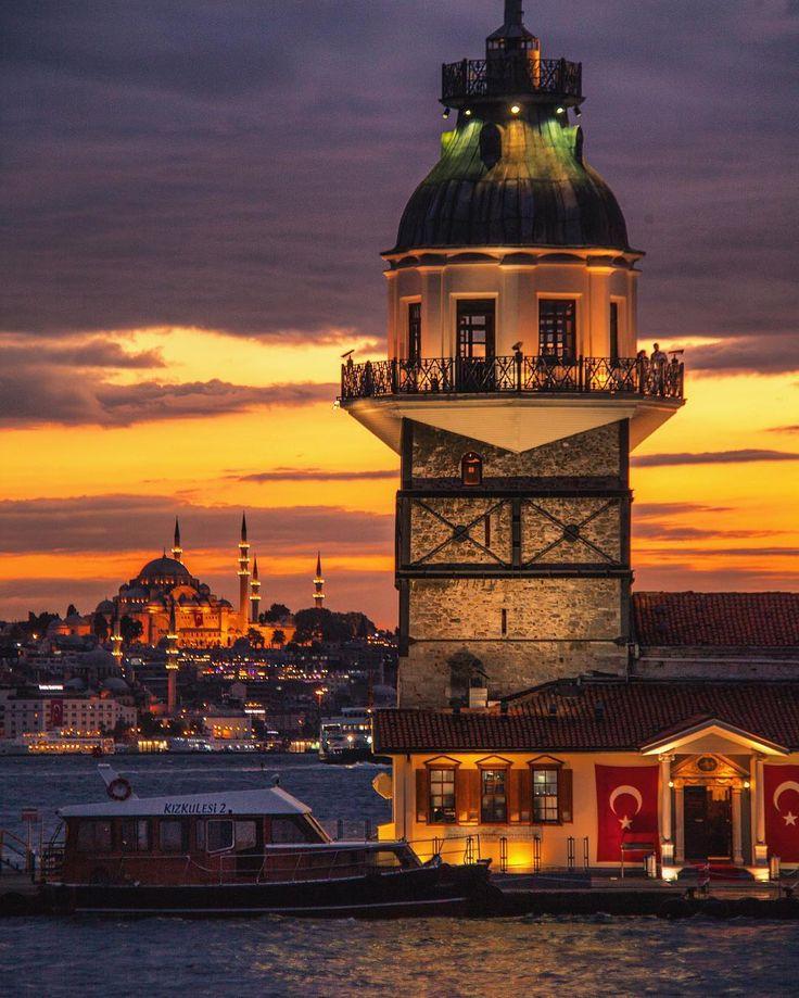Maiden's Tower, Istanbul - Turkey // Photography by Levent Ertunalılar (@leventert) • Instagram