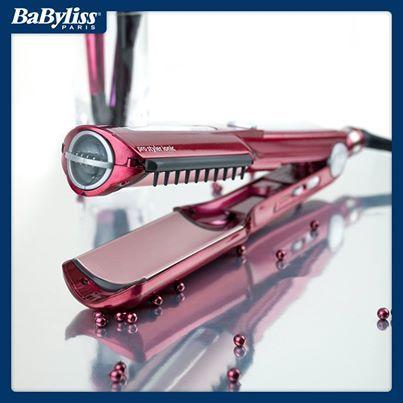 La piastra Pro Styler ST290E con cilindro rotante e due piastre incorporate liscia, arriccia, dà volume, toglie il crespo e regala ai capelli un effetto straordinariamente luminoso e soffice. La trovate qui http://www.ilovebeauty.it/babyliss/cura-dei-capelli/piastre-e-piastre-arricciacapelli/piastra-babyliss-pro-styler-st290e-823.html #hair #hairstyle #capelli #piastra #parrucchieri #capelliricci #capellilisci