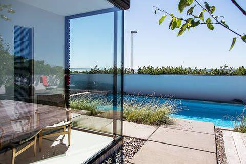 Bukowskis Real Estate: Stilfull perfektion och magisk utsikt