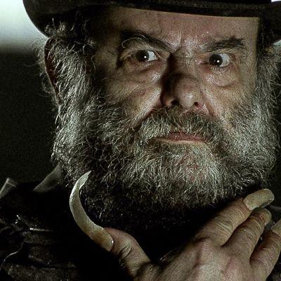 Uma homenagem de Dia das Bruxas ao personagem Zé do Caixão. Entenda melhor a história desse ícone do cinema de terror brasileiro.