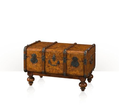 1000 images about steamer trunk project ideas on for How to turn a trunk into a coffee table