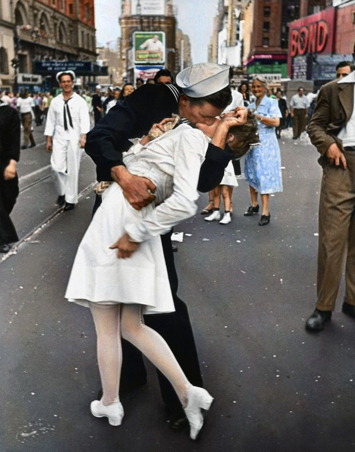 War's End Kiss. NYC 1945. in color