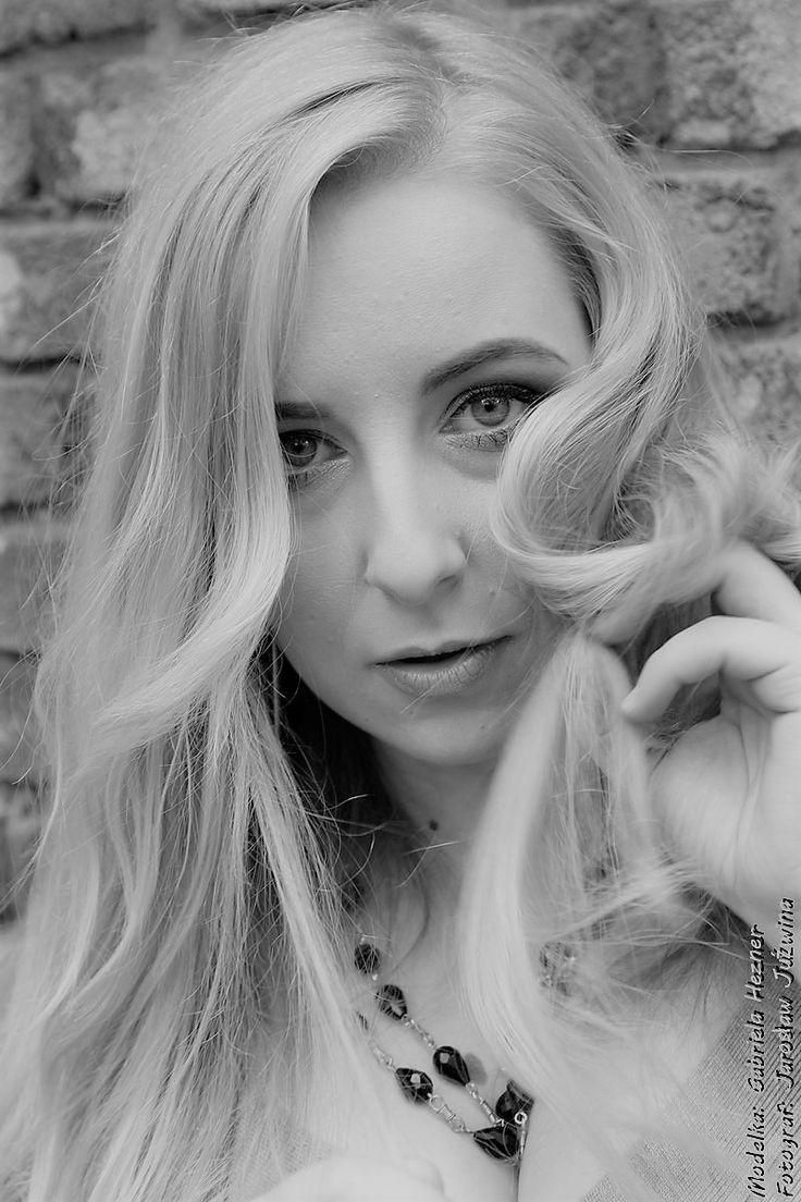 model Gabriel Hezner Photographer Jarek / Okeanas / Jaro J make up Aldona Chomicz