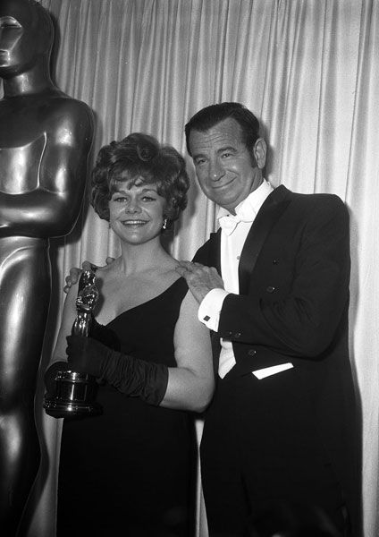 "Best Supporting Actress Estelle Parsons (""Bonnie and Clyde"") with presenter Walter Matthau."
