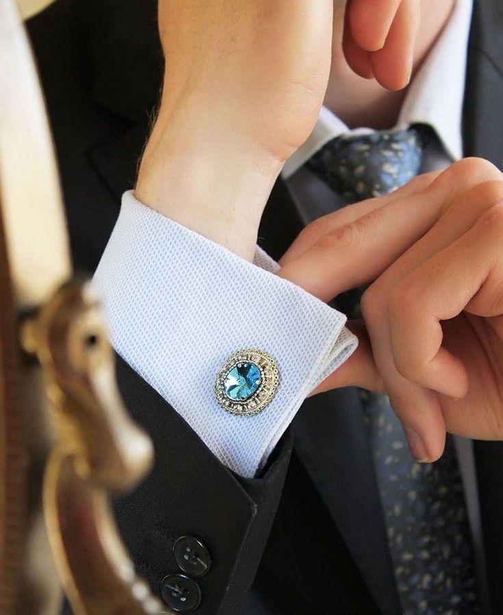 bouton manchette moderne idées accessoires homme bijou agrémenté diamant vert brillant #menstyle #fashion #classic