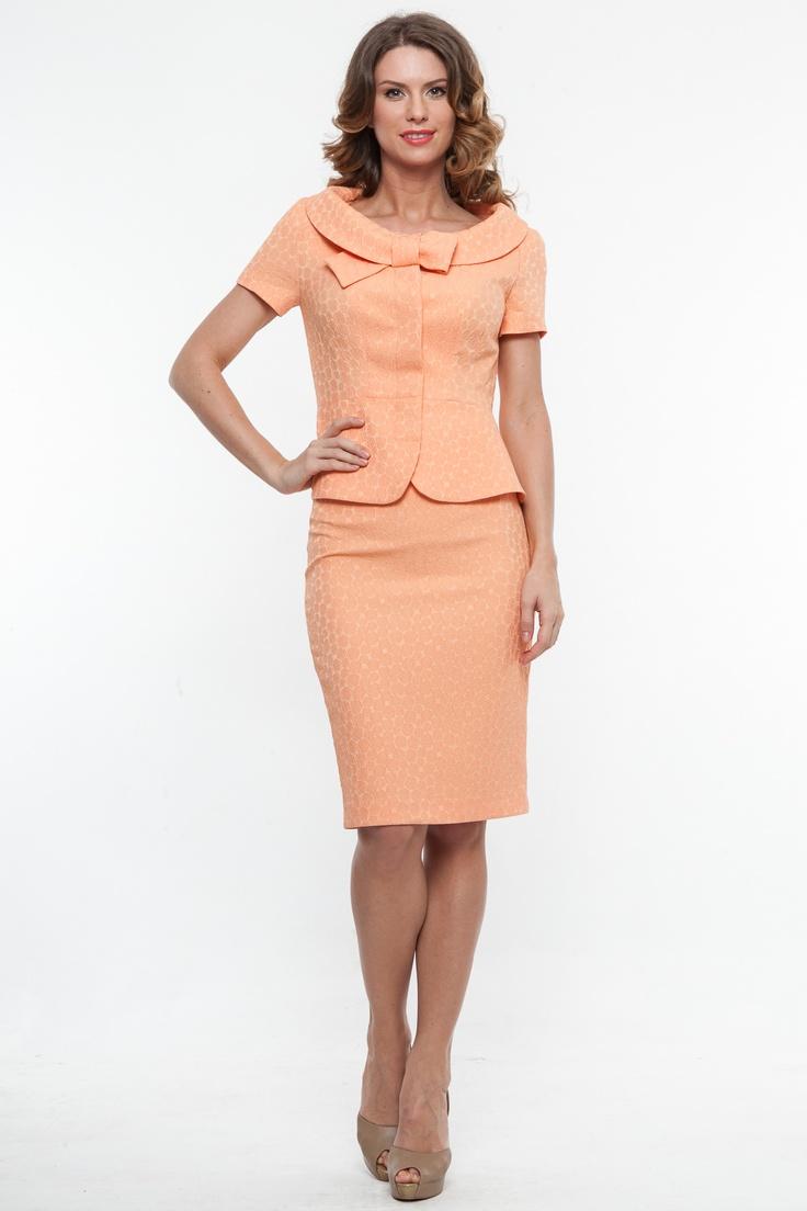 Tinuta ultra feminina retro orange